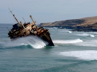Ship_wrecked