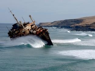 Ship_wrecked